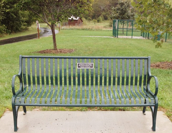 QuailRidgeCommemorativeBench